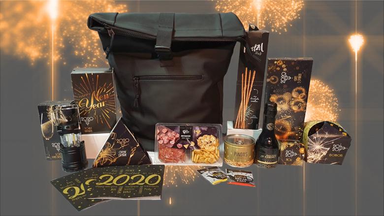 Happy 2020! Kerstpakket met zwarte tas