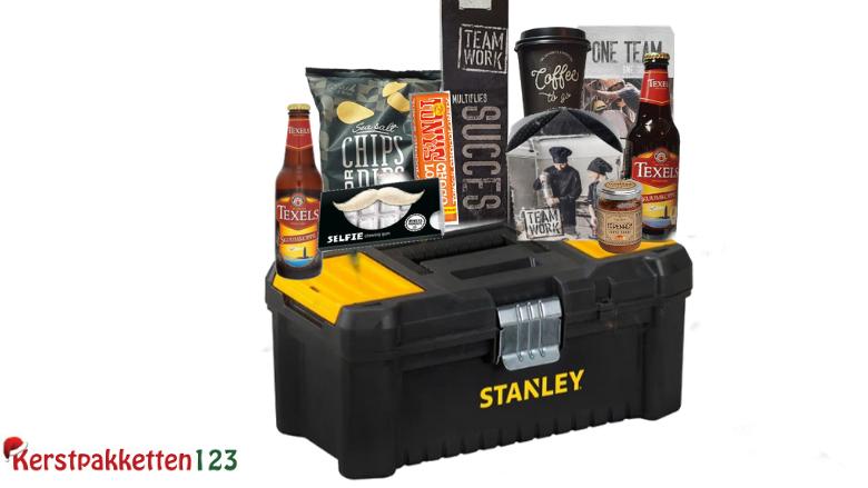 Pakket Stanley gereedschapskist met stoere inhoud thuisbezorgd